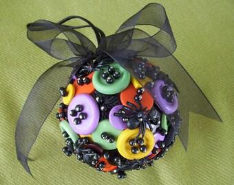 Halloween Button Ornament