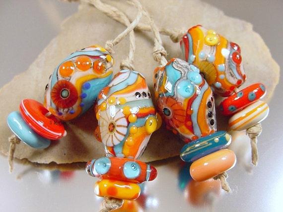 Handmade lampwork glass beads---TwIsT & ShOuT ---SRA