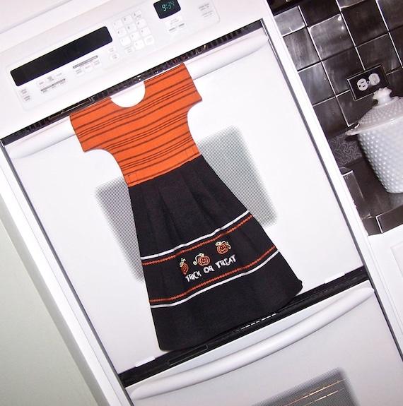 Halloween Dish Towel Oven Door Dress in Black and Orange Embroidered Trick or Treat