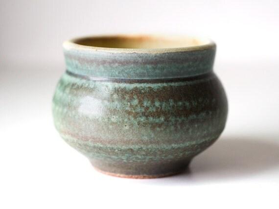 Mint Cup, Stoneware, 12 Ounces