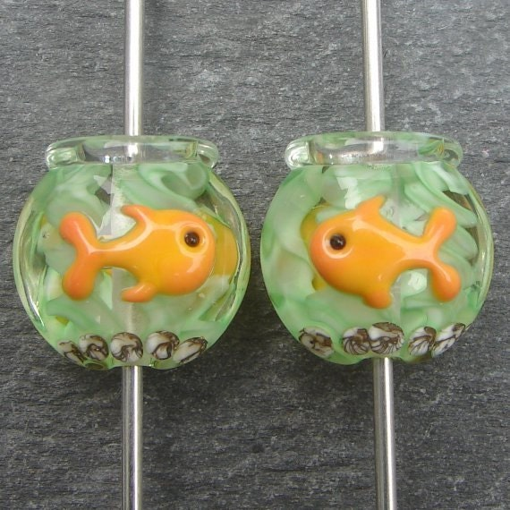 Lampwork beads 835 Lentils (2) Fishbowl with Goldfish
