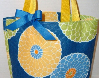 Yellow and Blue Flower Purse/Beach/Party Favor Bag/Easter Basket