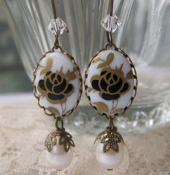 Black Rose Earrings, antiqued dangle, cameo and pearl