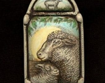 sheep ewe lamb sun scrimshaw technique resin brooch pin