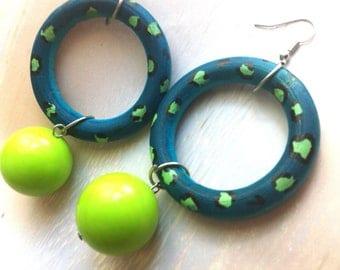 WOOD HOOP LEOPARD loop circle lucite green lime teal bead ball earrings lightweight big plastic round acrylic divalicious animal wild print