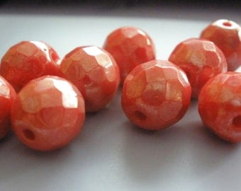 Vintage Glass Beads (12)(8mm) 1950's German Rubarb Red Luster Beads