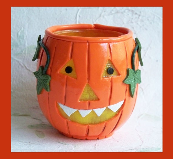 Halloween Pumpkin Candle Holder   with Leaves