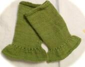 VELVETY Green Flared Wrist Warmers