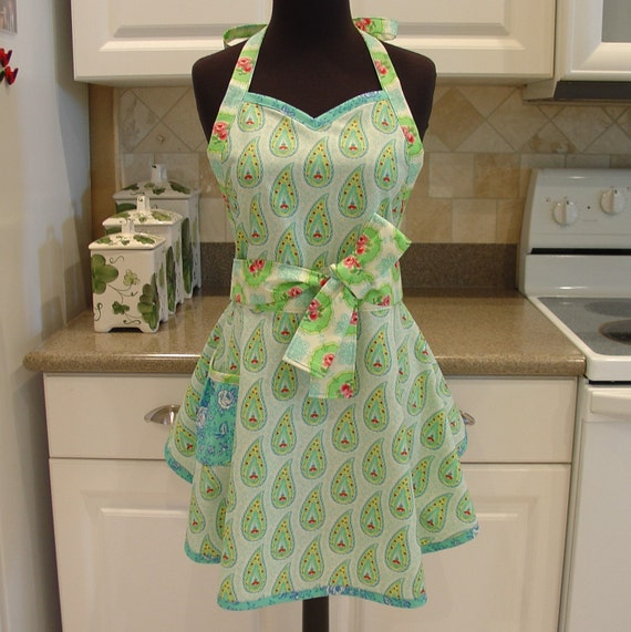 SweetHeart Apron - Lola in marshmallow robin's egg blue with cabbage roses