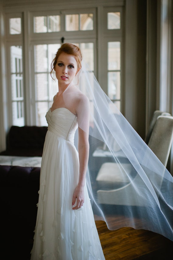 Single Layer Tulle Bridal Veil Waltz Length with Plain Edge in Ivory or White by Fine & Fleurie