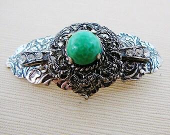 Vintage .. Brooch, Rhinestone, Green stone Oxidized Silver tone, Filigree, Antiqued