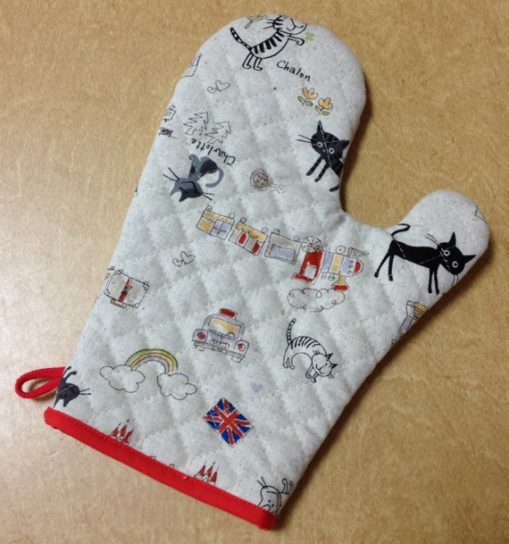 Oven Mitt - Cats in London