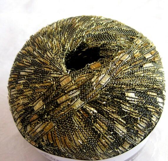 Ladder Ribbon glitter yarn,  Champagne gold with black, trellis yarn, railroad yarn,  Berlini Yarn, 91