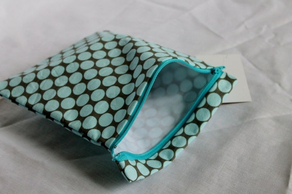 reusable sandwich bag with zipper close slate polka dot print great for snacks too
