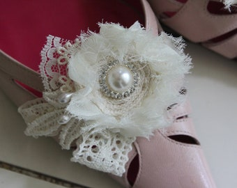 Lacey, bits of lace and pearl, ivory shoe clips