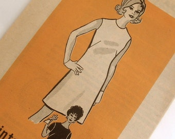 1960s Vintage Sheath Dress Pattern Mail Order 9682 Bust 38