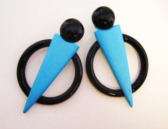 Retro 1980's Large Geometric Black Acrylic and Electric Blue Wood  Earrings
