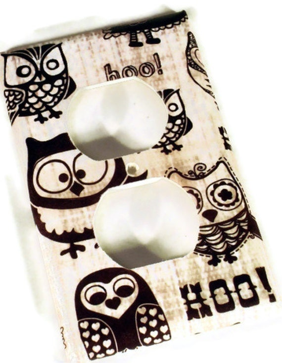 Light Switch Cover Wall Decor Owl Switchplate   Switch Plate Outlet Plate   in Owl Pals    (701O)