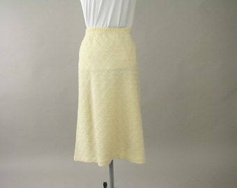 Vintage Cream Knit Skirt - Modern Size 6 to 8, Small
