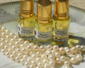 Pure White Lily Oil Absolute - Perfume - All Natural Essential Lily Oil - Bouquet of Lily of the Valley Perfume