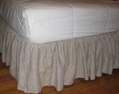 Queen size Ruffles Bedskirt in Linen