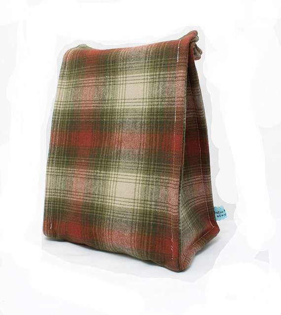 Insulated Lunch Bag in Tan and Green Plaid