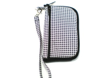 iPod Case, iPhone Cell Phone Case, Smartphone Phone, Wristlet,  Black and White Houndstooth
