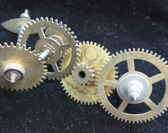 Steampunk Supplies  Watch Clock Parts Cogs gears wheels Antique vintage GR 7