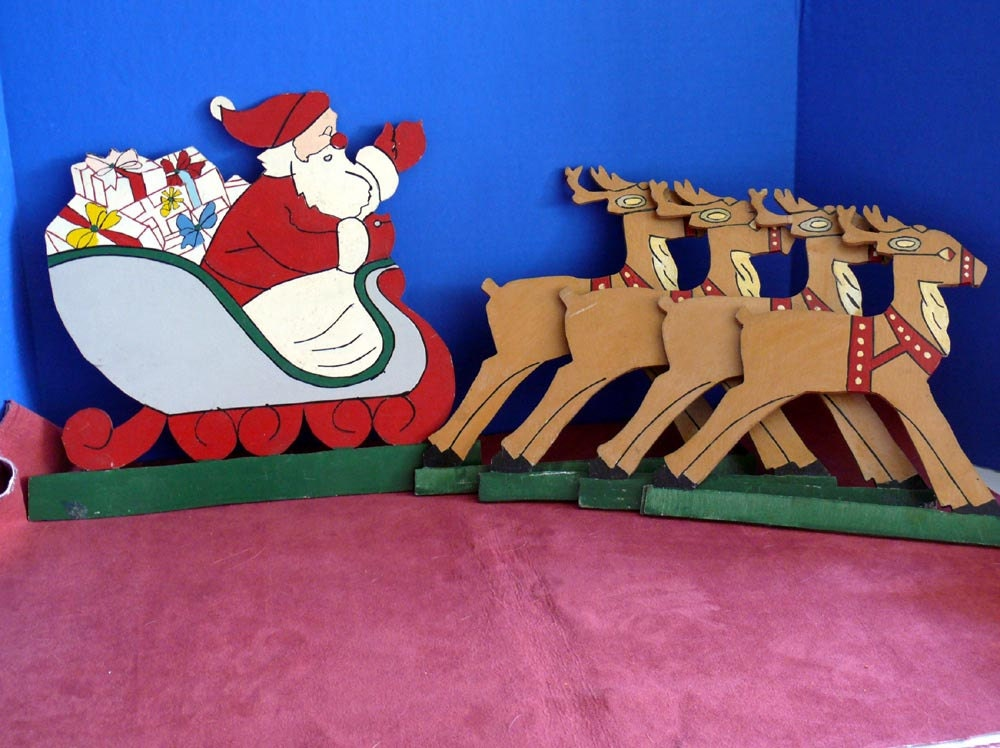 Yard art santa claus and reindeer plywood cut outs plaques for Wooden christmas cutouts