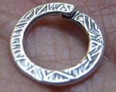 Large Silver Pewter Textured Locking Lockable Jump Ring 13 mm
