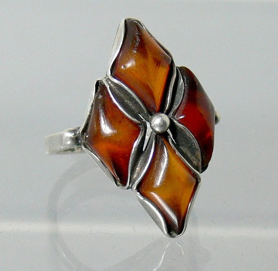 Vintage Sterling Silver Baltic Amber Ring