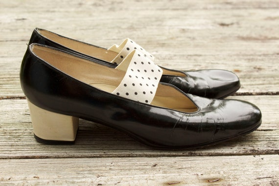 1960s Black and White Patent Leather Mary Jane Heels Size 8N