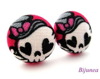 Skull earrings - Halloween skull stud earrings - Halloween skull posts - Halloween skull post earrings sf911
