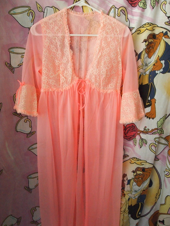 CULT PARTY Kei// Vintage 60s Dolly Kei Sheer Pink Lace Lingerie Open Nightgown, One Size