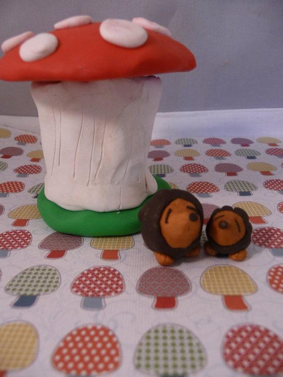 Miniature Mushroom House with Mama and Baby Hedgehogs