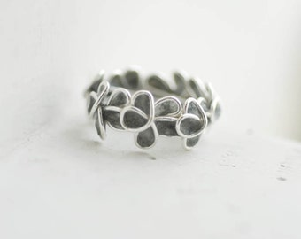 Slate Gray Forget Me Not Flower Ring Sterling Silver, 1st Anniversary Gift Paper Jewelry Best Friend Long Distance Miscarriage Memorial Gift