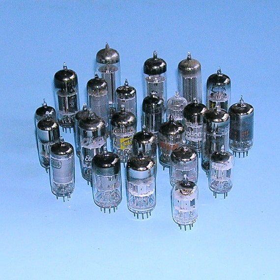 25 Vintage Glass Radio Tubes Vacuum Tubes Cb By Timepassages