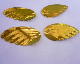 Vintage Gold Angel Wings Sequins NOS (24)