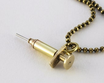 Steampunk brass Syringe working plunger  with stainless steel needle