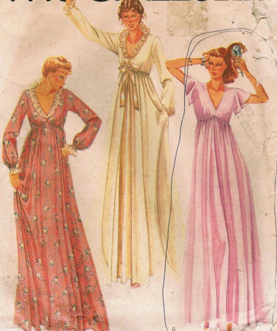 1980s McCall's 7280 Vintage Sewing Pattern Misses' Robe and Nightgown Size Medium
