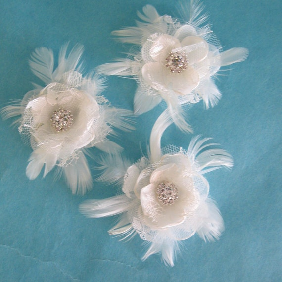Ivory Organza, Tulle and Lace Feather Rose bobby pin Set I081 - bridal hair accessory