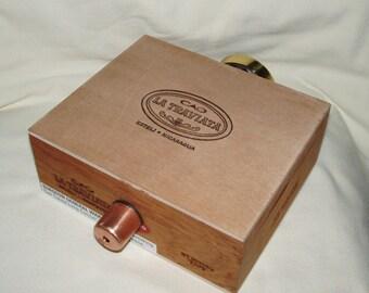 Image Wheel Kaleidoscope, Cigar Box