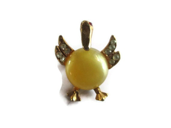 Vintage brooch: Jelly Belly Pelican