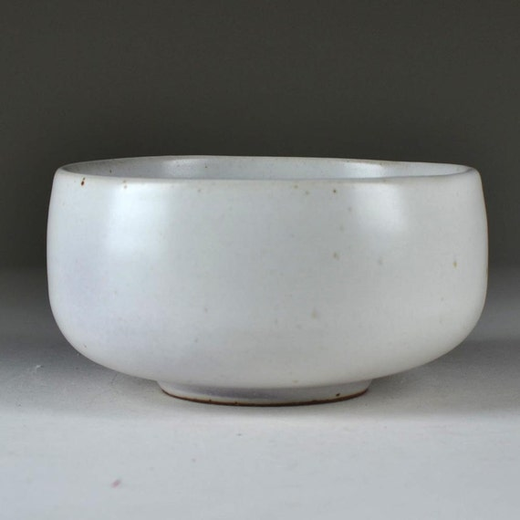 Satin White Stoneware Tea Bowl (matcha chawan)