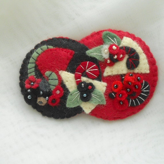Felt Pin -  Winter Berries, Contemporary Art Style in Cherry  Red - Black, - Off White