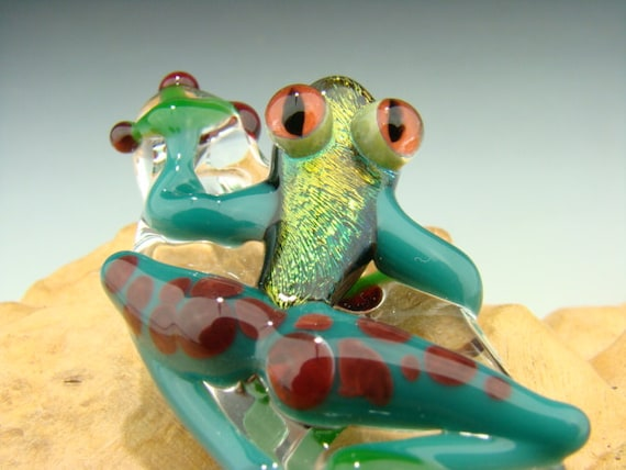 Dichroic Glass Red Eyed Frog Pendant Amazon Color Lampwork
