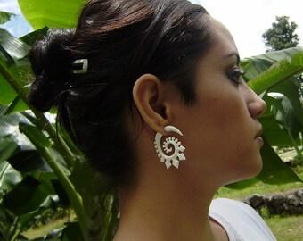 Fake Gauge Earrings,Natural Bone ,Split Gauge Earrings, Flowing Flower,Hand Carved,Tribal Style,Organic,Natural