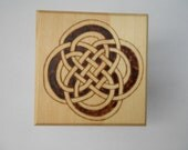Double Loop Celtic Knot Woodburned Box With Lid