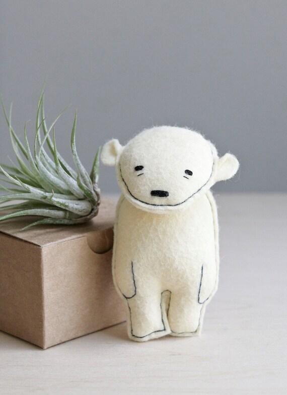 pocket bear / jinx / polar bear