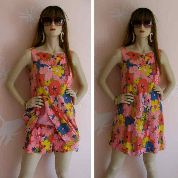 Floral MOD Spectacular Vintage 1960s Pop Art Flower Tent Micro Mini Dress Romper